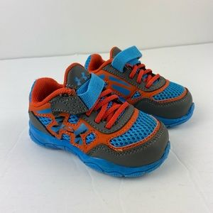 Toddler size 5 under armour sneakers